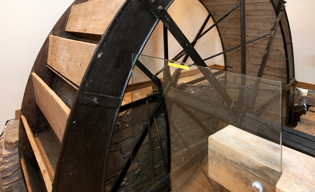 Mill of Auldallan - The Mill - Mill wheel