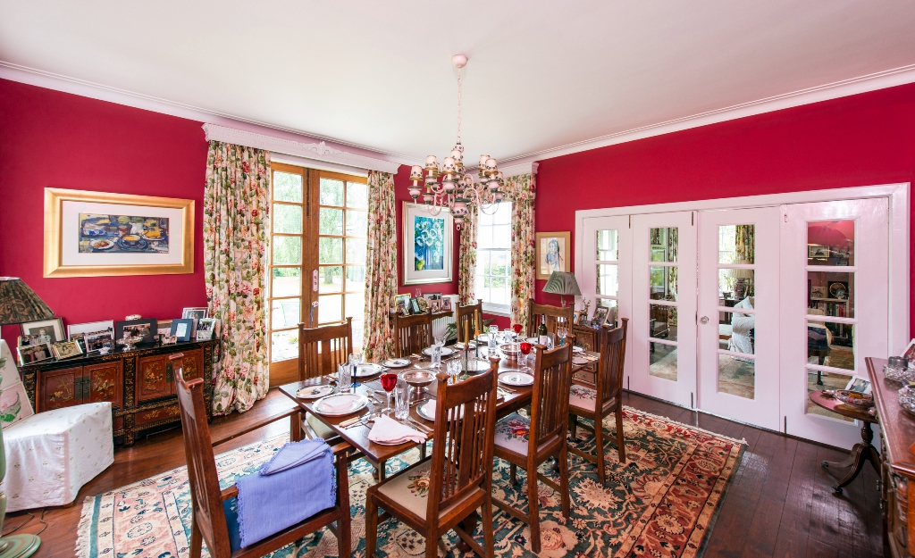 Over Pilmore - Dining Room