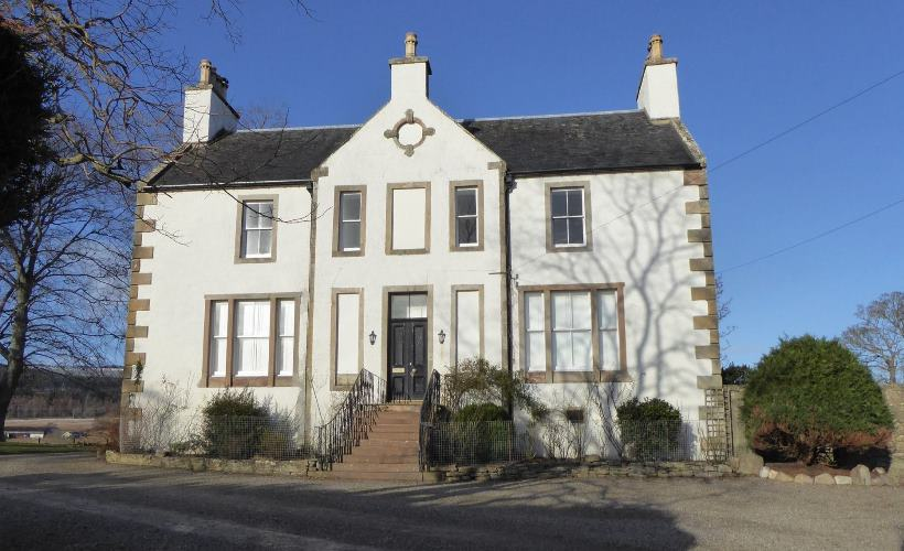 The Old Manse, Alness - Exterior