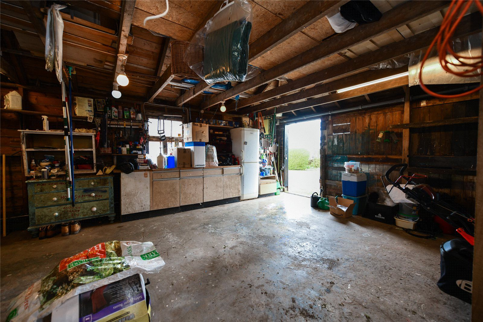 Outbuilding/Workshop